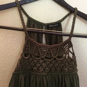 GREEN HALTER TOP/CABLE & GAGE Halter top, green